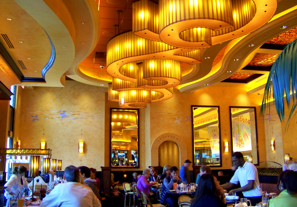 The Cheesecake Factory 2 Interior