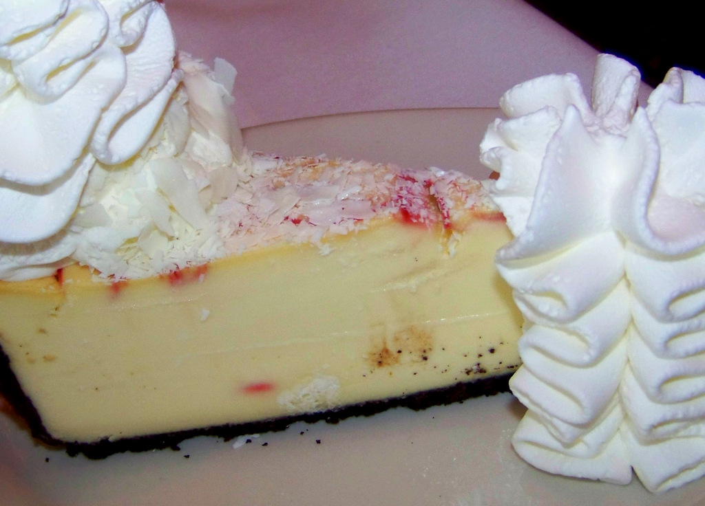 The Cheesecake Factory 8 2 White Chocolate Raspberry Truffle Cheesecake