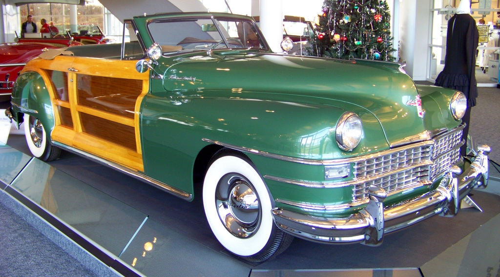 1948-chrysler-town-and-country-convertible-i