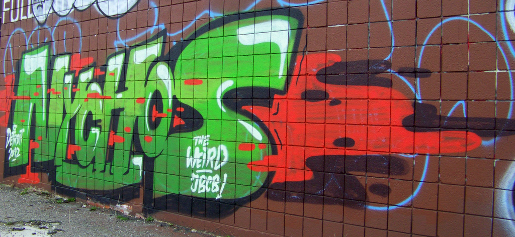 lodge-south-service-drive-and-clairmount-graffiti-4