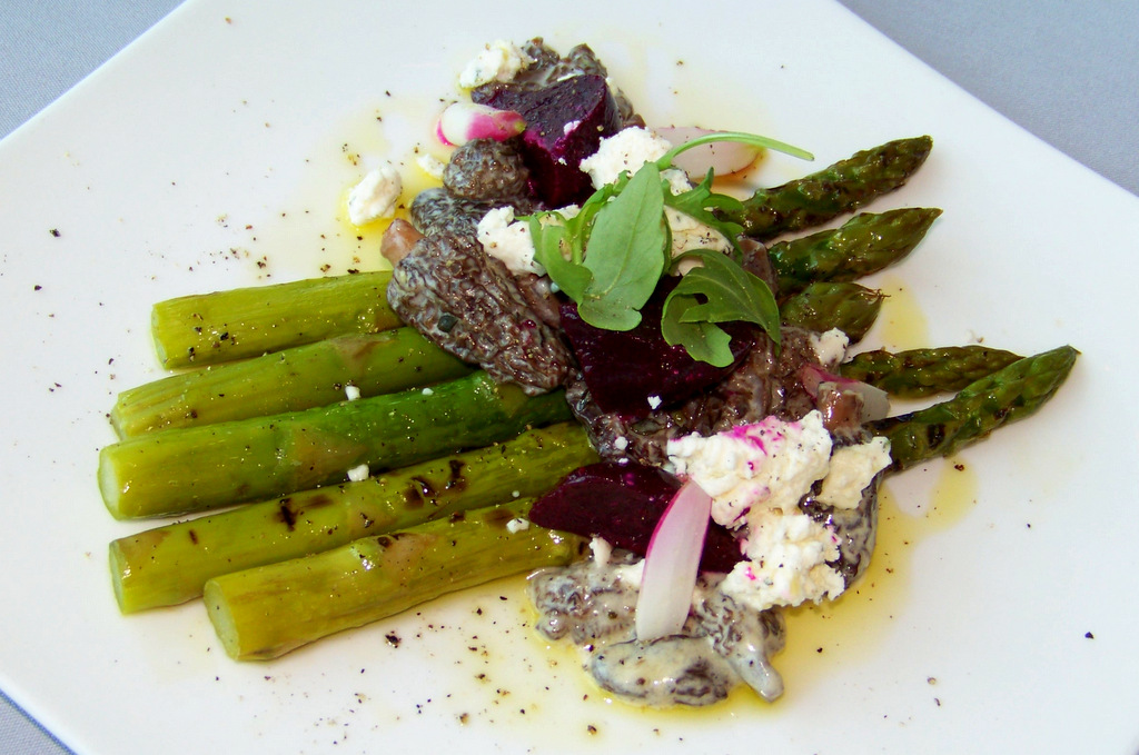 iridescence-7-grilled-asparagus