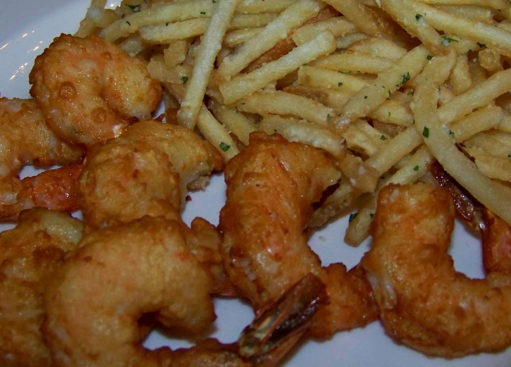 joe-muer-seafood-14-fried-gulf-shrimp-with-parmesan-white-truffle-pommes-frites