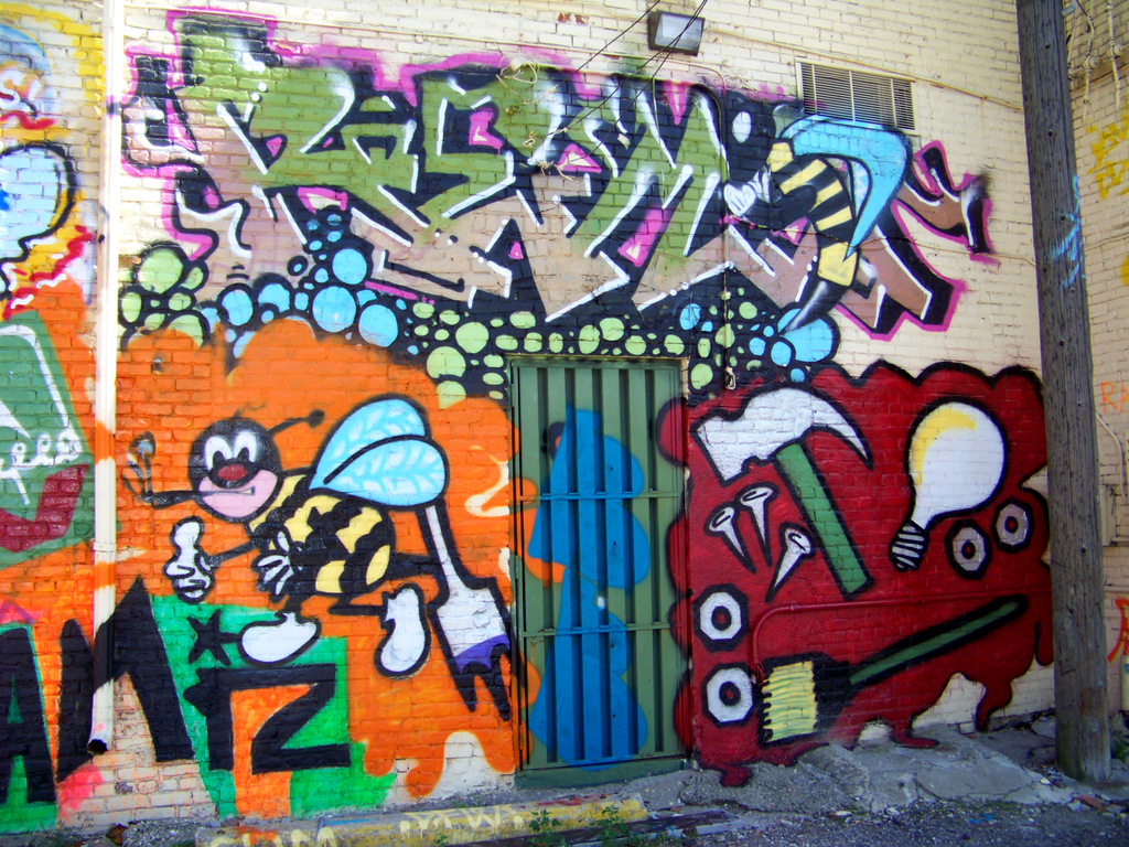 new-detroit-graffiti-in-the-eastern-market-alley-11-0