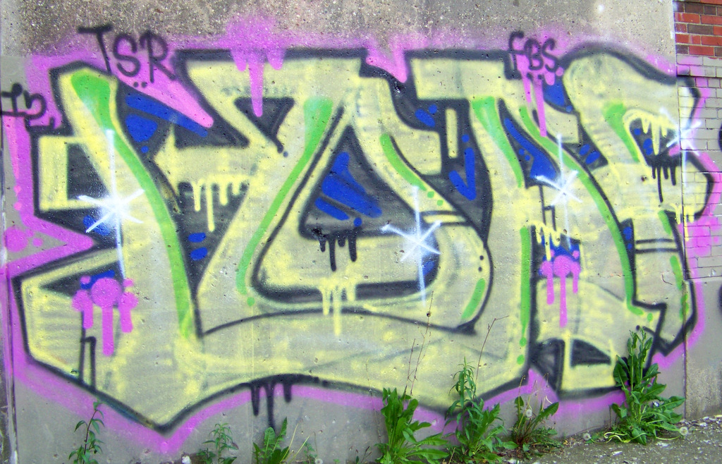 detroit-graffiti-the-grand-river-ave-stanton-street-trestle-2
