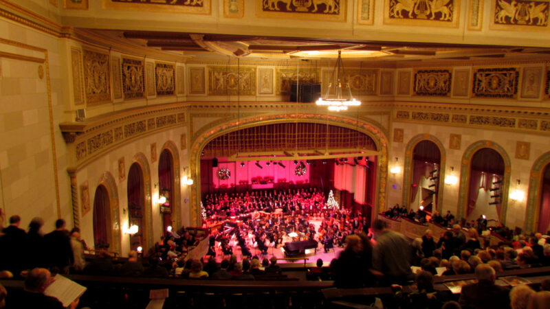 """Detroit Symphony Orchestra: """"Home For The Holidays"""" – Orchestra Hall, Detroit 12-17-2011"""