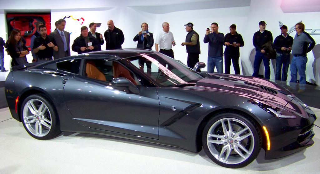 55 Amazing Models at NAIAS 2013