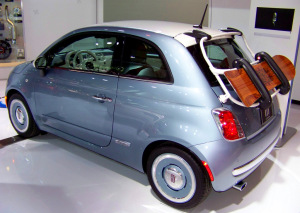 Mopar Customized Fiat 500 Lounge